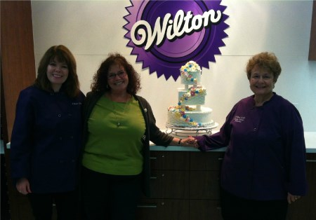 Cake Decorating Classes At Michaels In Folsom Ca : About - Pretty Cakes - Pretty Cakes